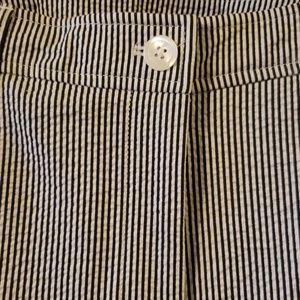 Anne Klein stripped navy and white ankle pant NWOT